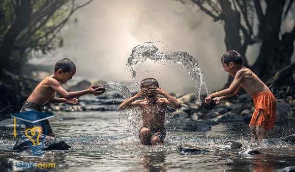 موضوع تعبير عن الماء بالعناصر