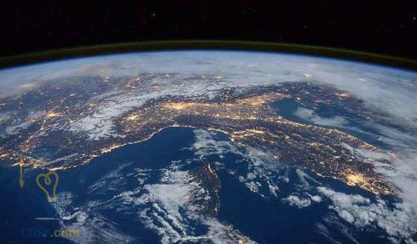 بحث عن الفضاء والكواكب والنجوم